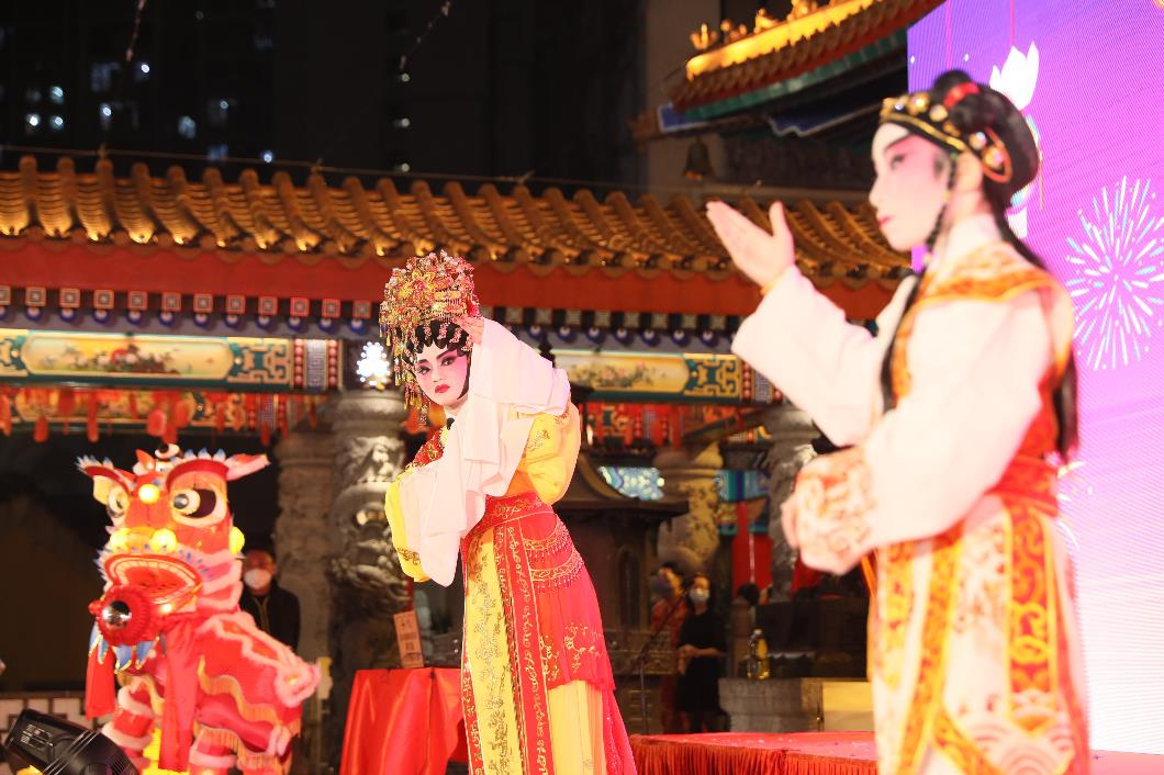 兒童粵劇折子戲表演維肖維妙。