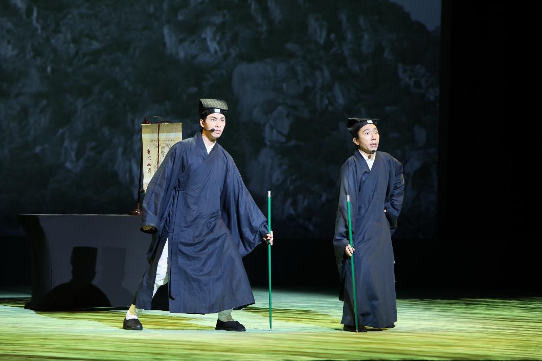 《仙跡尋緣》魔術話劇表演獲得全場掌聲。